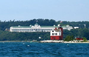 Grand Hotel from speedboat